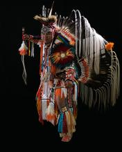 Garan Coons is a versatile Native American entertainer.